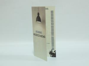 Carta restaurante 14x30 cm tipo díptico, plastificado mate