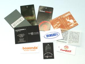 Etiquetas para ropa 4 tintas y plastificadas